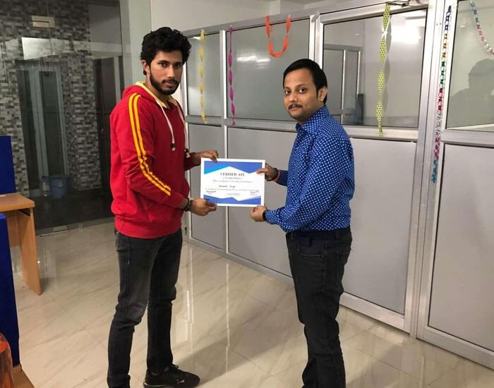 Employee of the month December 2018